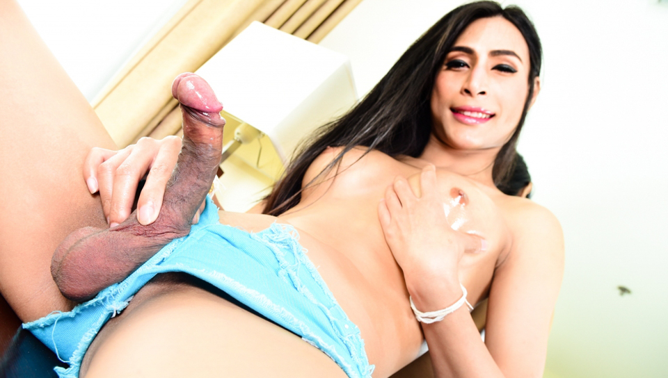 TS Factor #06 Asian Ladyboy Dew