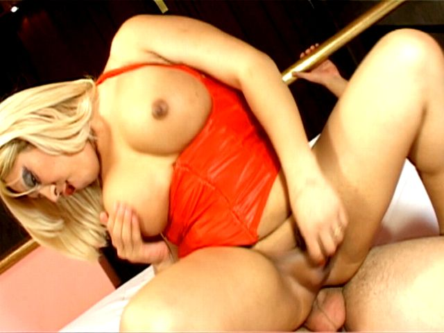 Excited busty blonde tranny girl Romina riding anally a thick penis