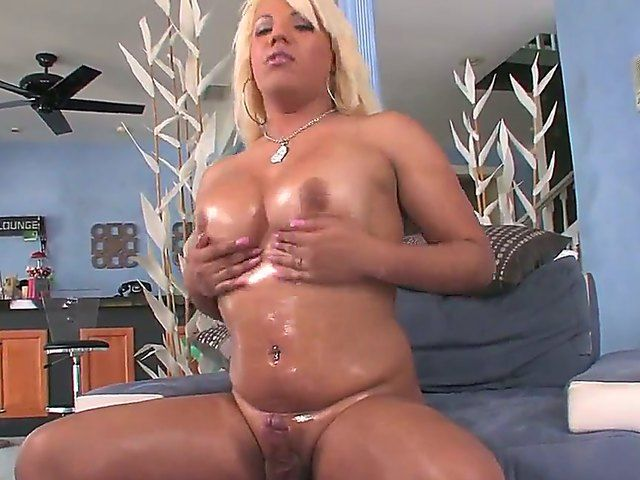 Booty blonde tranny whore Annalise opens her tight filthy ass hole and masturbates her big cock!
